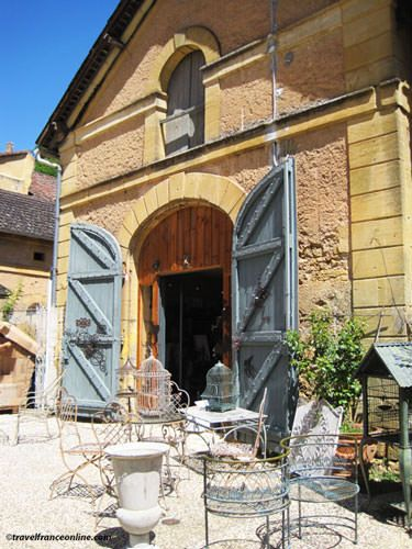 An antique shop in Perigord - Dordogne
