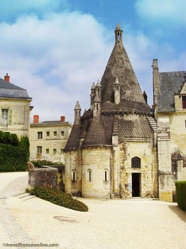 Fontevraud Abbey - Romanesque kitchens