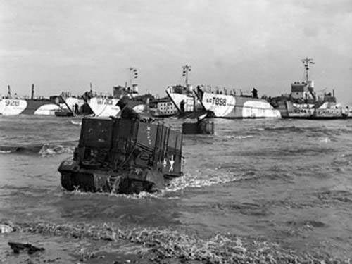 Gold Beach - Universal Carriers