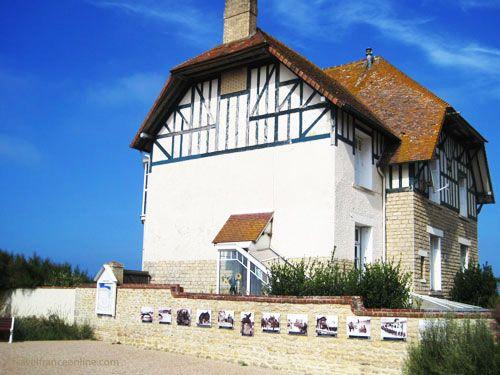 Villa Cassine - Maison du Souvenir Canadien on Juno beach - Bernieres