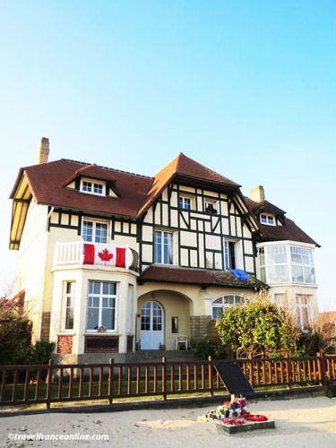 Villa Cassine - Maison du Souvenir Canadien in Bernieres-sur-mer