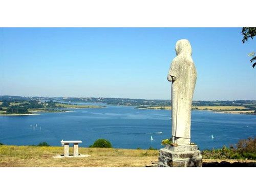 Vierge des Lacs - Lake Pareloup