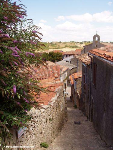 Lautrec village lane