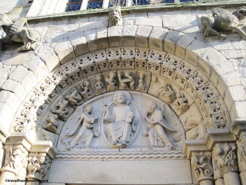 Loire Valley architectural styles - Romanesque