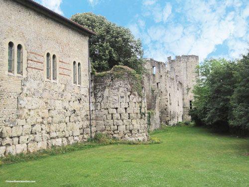 Gallo-Roman ramparts and Maison Romane - La Cite - antic Perigueux