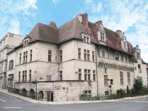 Puy St Front district - Maison des Consuls