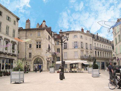 Puy St Front district - Place Coderc