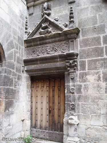 Puy St Front district - Renaissance doorway