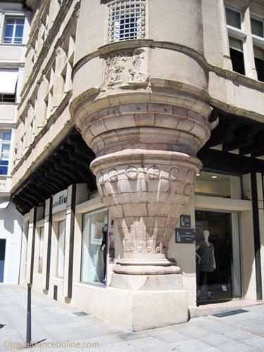 Renaissance building on Place du Bourg in Rodez