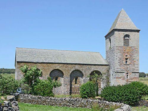 Notre-Dame des Pauvres in Saint-Chely d'Aubrac