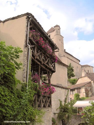 Saint Cirq Lapopie - Medieval houses and church