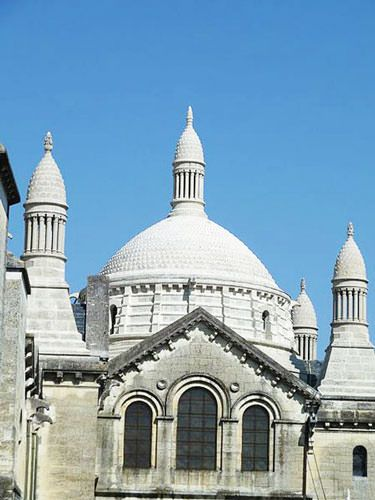 Saint Front Cathedral Perigueux - Byzantine cupolas