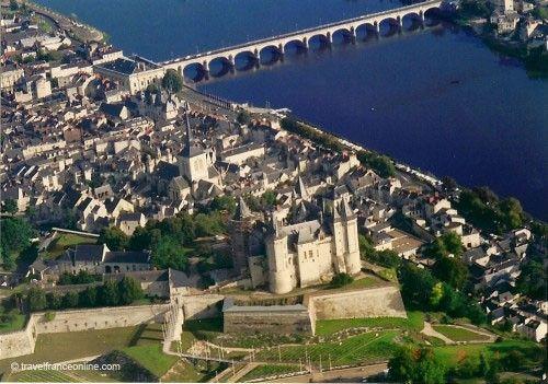 Chateau de Saumur and Loire