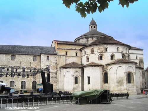 Souillac sur Dordogne - Sainte-Marie Abbey church