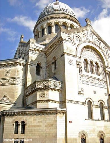 City of Tours - Nouvelle Basilique Saint-Martin