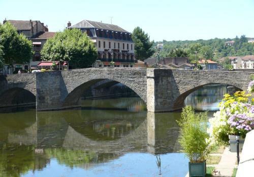 Villefranche de Rouergue - Pont des Consuls