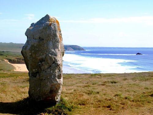 Breton iconic images - Megaliths