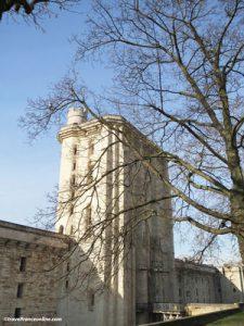 Chateau de Vincennes - Tour du Village