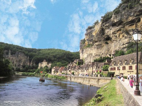 La Roque Gageac along the Dordogne River