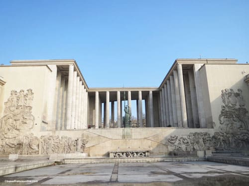 Palais de Tokyo - South facade with monumental frieze