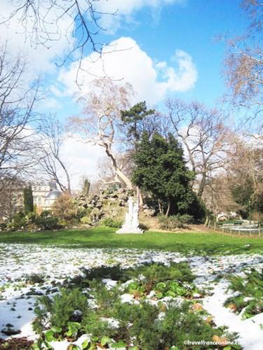 Parc Monceau - Grotte