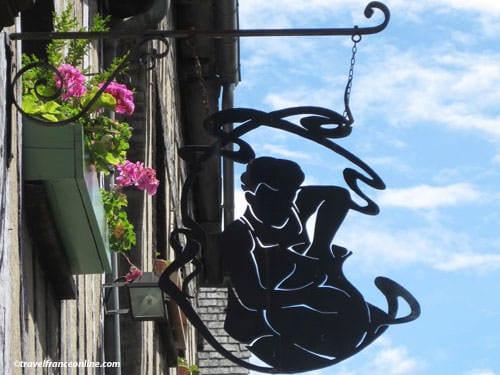 Shop signs in Paris - Potter