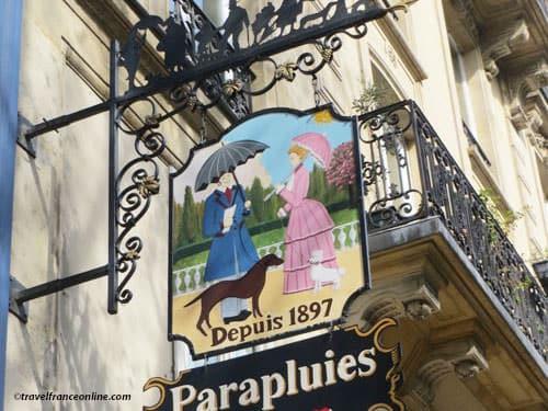 Shop signs in Paris - Umbrellas