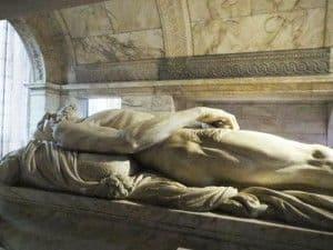 Cadaver tomb of Francois I in Saint Denis Basilique