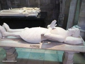 Saint Denis Basilique - Graves placed by St. Louis