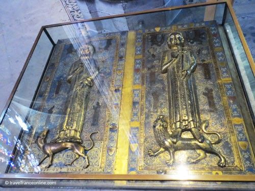 Saint Denis Basilique - Merovingian metal tombs