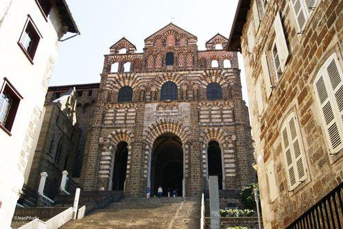 Le Puy en Velay - Notre-Dame-du-Puy Cathedral