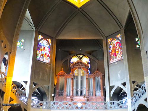 Saint Jean de Montmartre Church - organ