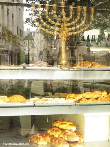 Rue des Rosiers - baker shop