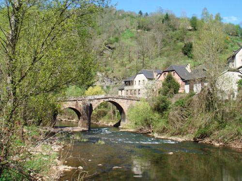 Conque s- Medieval bridge