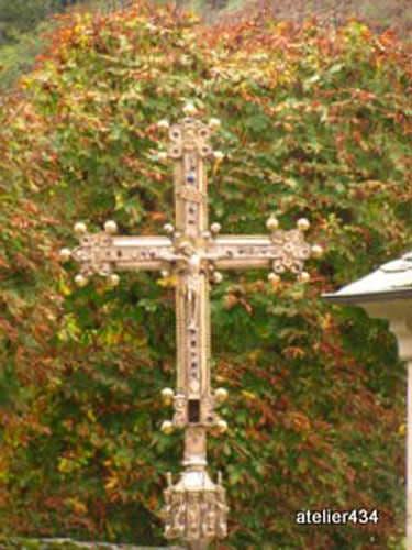 Sainte Foy Feast Day - Conques Cross