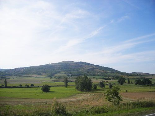 Plateau de Gergovie seen from the plain