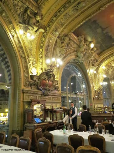 Le Train Bleu restaurant in Gare de Lyon