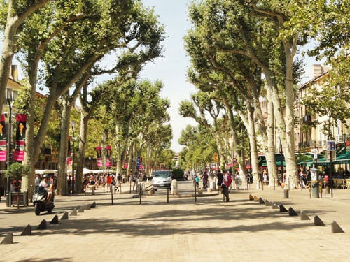 Cours Mirabeau in Aix-en-Provence