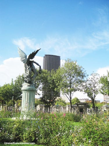 Montparnasse Cemetery - Génie du Sommeil Eternel sculpture