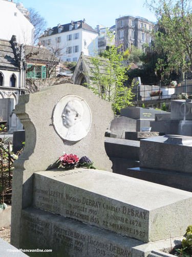 Debray family vault in Saint-Vincent Cemetery
