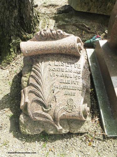Cimetiere des Chiens - Lisette died in 1904