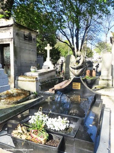 Montmartre Cemetery - Ludmilla Tcherina's grave
