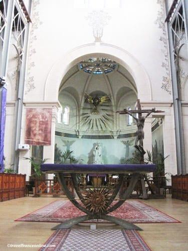 Notre-Dame-du-Travail Church - Chapelle de la Vierge