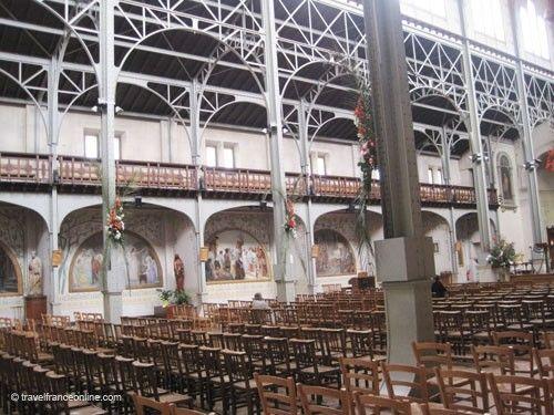 Notre-Dame-du-Travail Church - lateral chapels