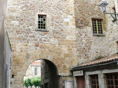 Porte de l'Eveque in Billom