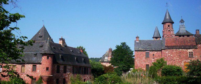 Collonges-la-Rouge – Red sandstone village