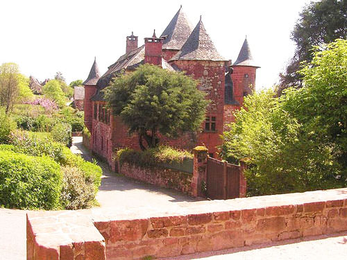 Castel de Vassinhac in Collonges-la-Rouge