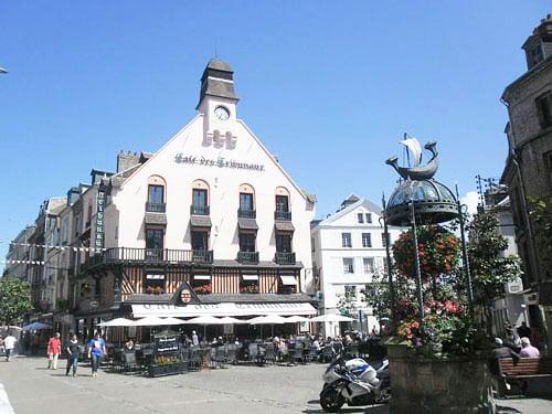 Place du Puits Salé in Dieppe