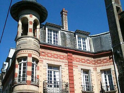 Villa Belle Epoque in Faubourg de la Barre in Dieppe