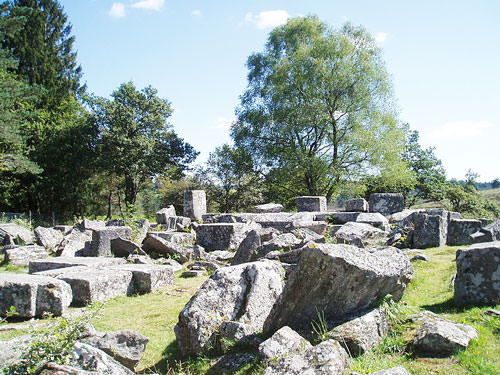 Ruines des Cars - Ruins of the temple